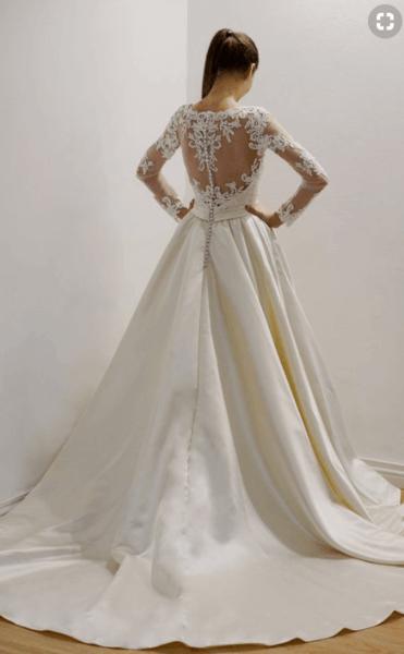 атласные свадебные платья фото
