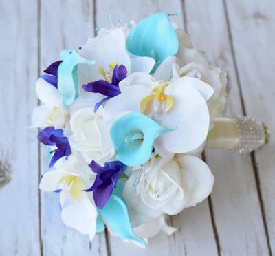 букет невесты бирюза