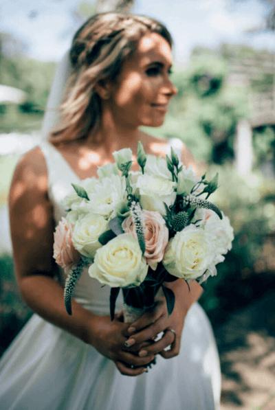 букеты невесты фото из живых цветов
