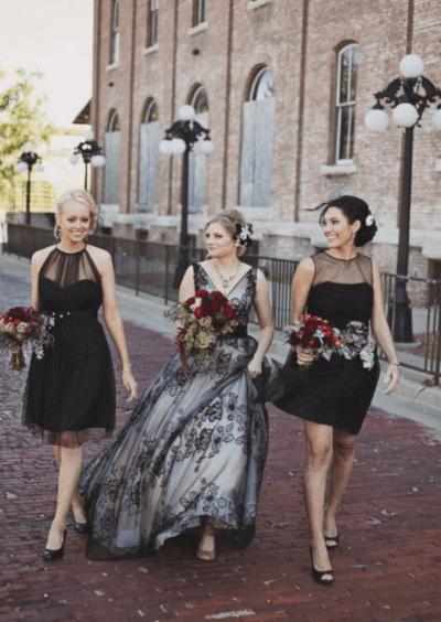 невеста в черном платье фото