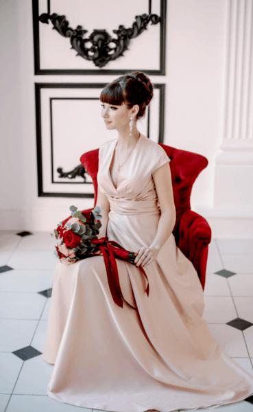 какое свадебное платье лучше белое или айвори