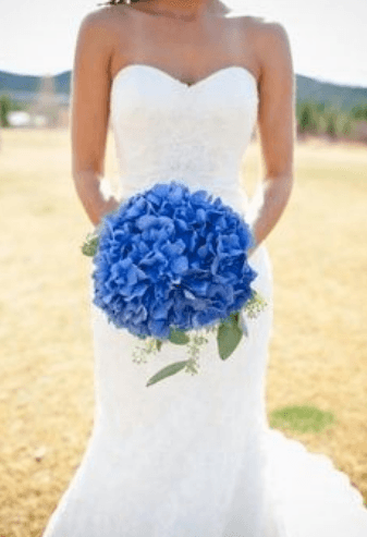 голубой букет невесты из лент