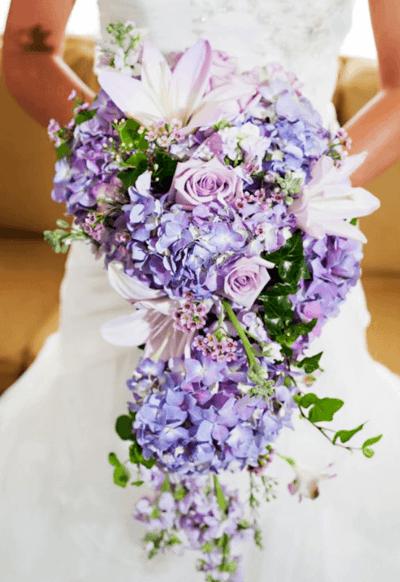 свадебный букет из розочек