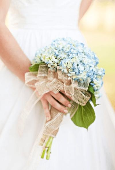 свадебный букет из мелких