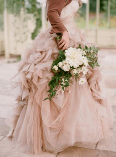 букет невесты в нежных оттенках