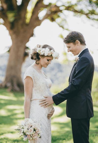 какое свадебное платье скроет беременность