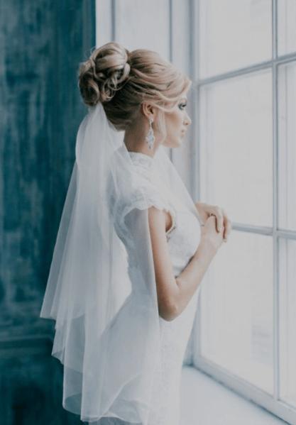 красивые прически на свадьбу на средние волосы