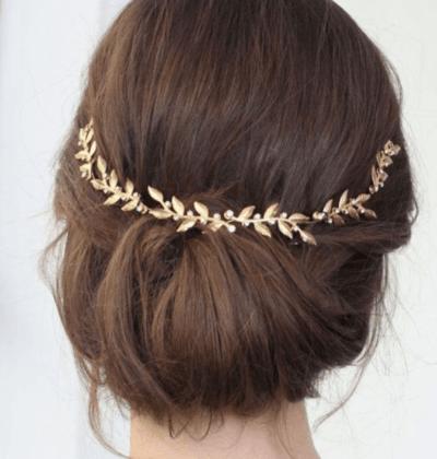 прическа для мамы невесты на короткие волосы