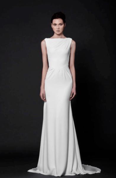 свадебные платья прямого кроя