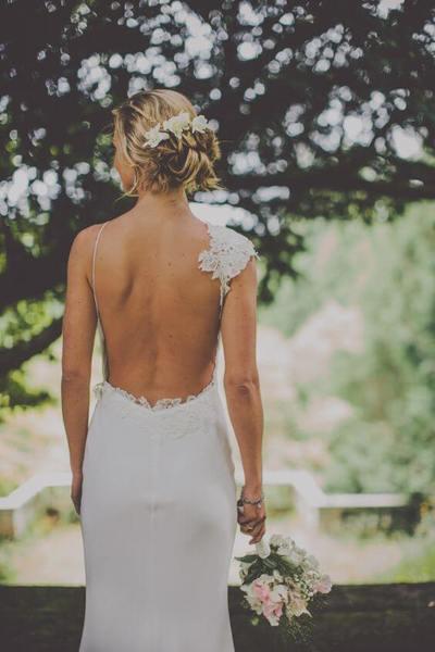 свадебную прическу пучок с платьем - как сочетать