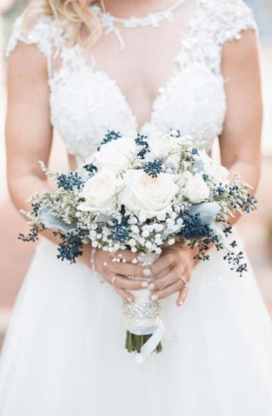 свадебные букеты в белых тонах