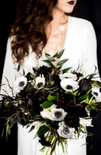 букет невесты зимний вариант синий