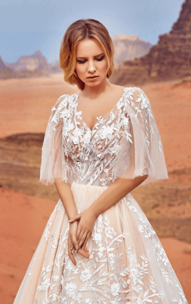 свадебное платье а силуэт с рукавами