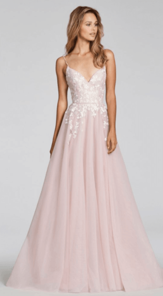 свадебное платье а силуэт со шлейфом