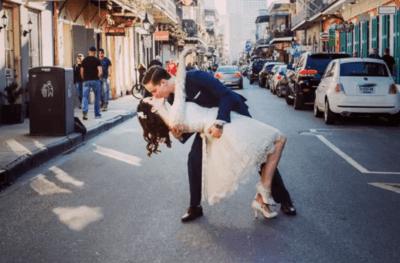 свадебные платья миди с рукавами