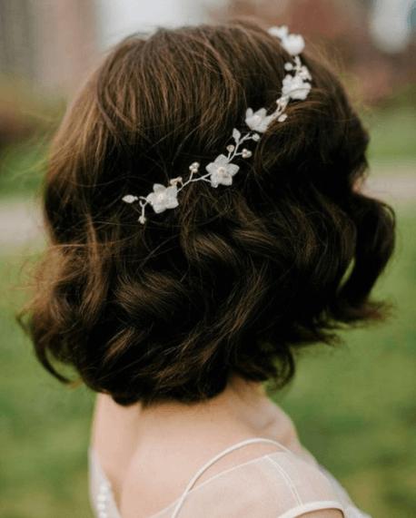 свадебные прически на стрижку каре