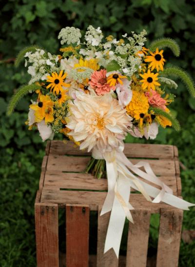 браслеты подружкам невесты из живых цветов