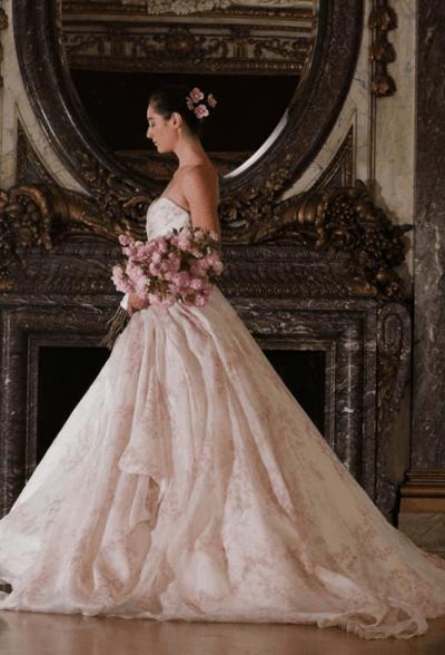 свадебные платья в цвете пудра