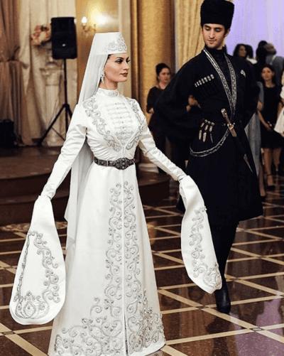 свадебный осетинский наряд