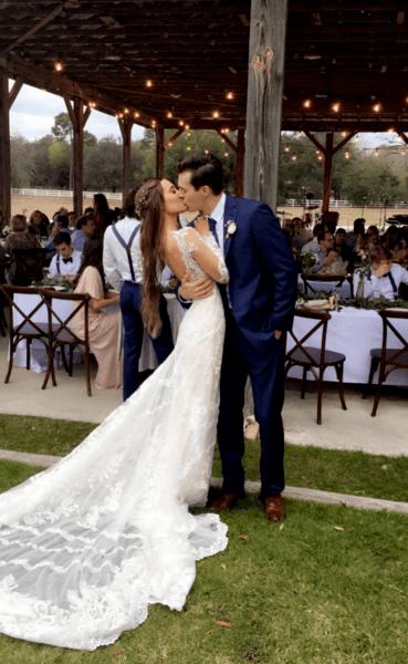 свадебные платья по фигуре с открытой спиной