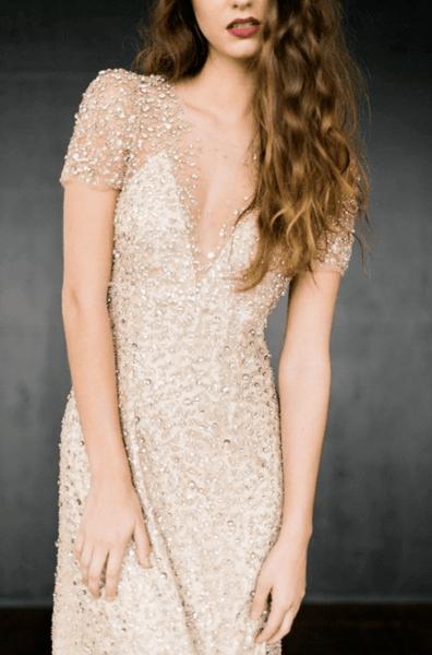 свадебное платье брызги шампанского