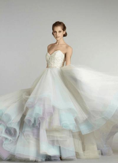 свадебное платье из шифона и кружева