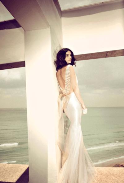 молочное свадебное платье