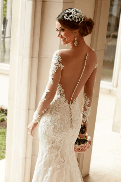 свадебное платье с рукавами и открытой спиной