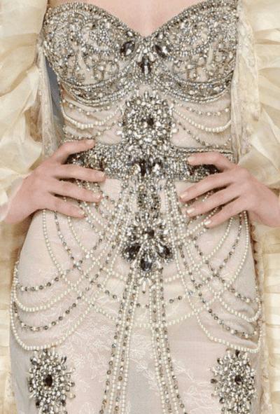 свадебные платья с камнями на корсете