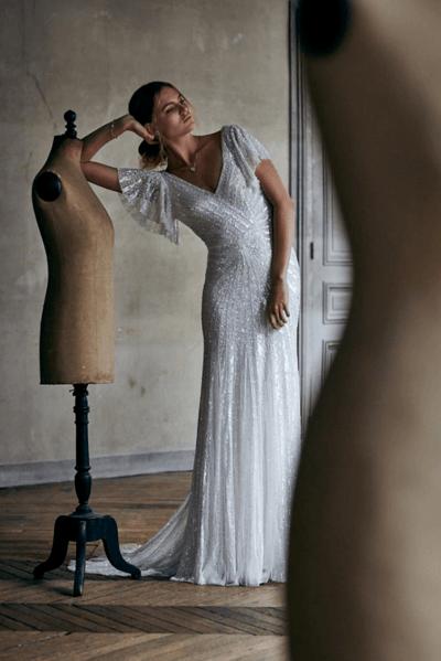 свадебные платья со стразами на корсете