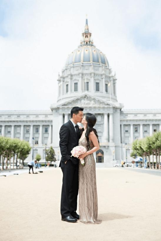 скромные свадебные платья фото не пышные