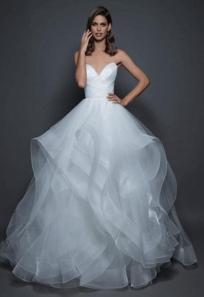свадебные платья из шифона и кружева