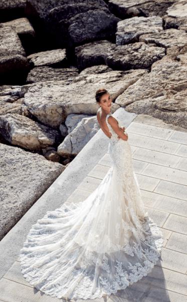 роскошные свадебные платья со шлейфом
