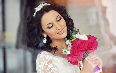 свадебный макияж для брюнеток с зелеными