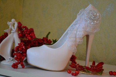 белые туфли на каблуке на свадьбу фото