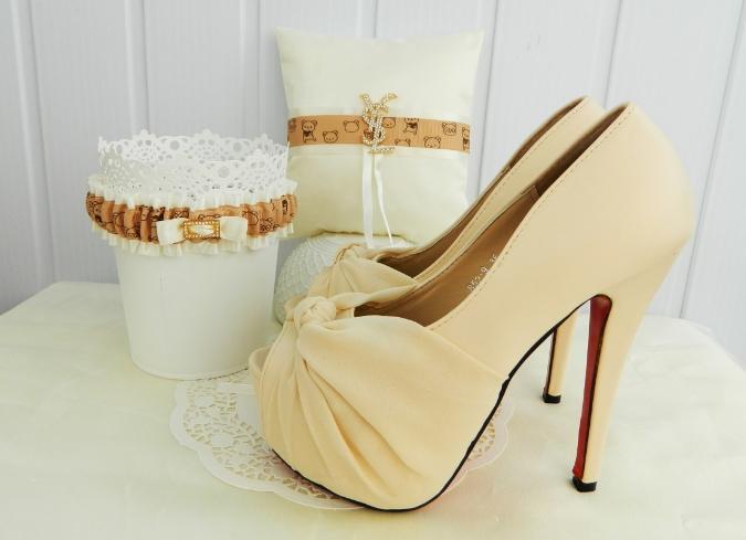 туфли к свадебному платью цвета