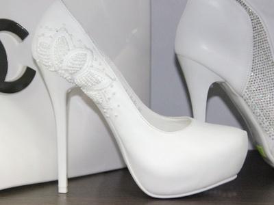туфли для свадьбы на низком каблуке