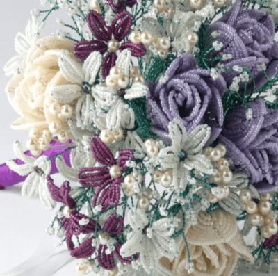 Красивый свадебный букет из бисера