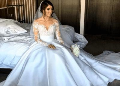 Платье на свадьбу атласное
