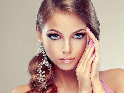 свадебный макияж для блондинок с голубыми